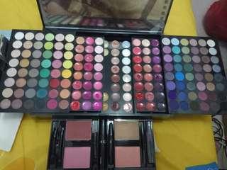 Sephora makeup pallete 190+