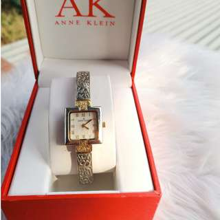Anne Klein Gold Vintage Design Watch