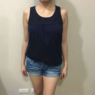 Gap Sleveless Top