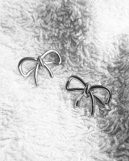 Authentic Banana Republic Ribbon Earrings