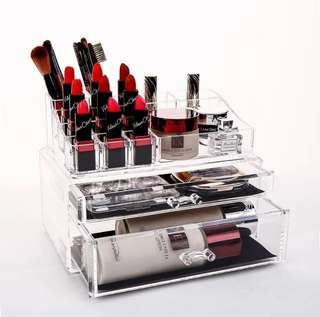 • (Last 1/INSTOCK/Brand New) Makeup Storage/Organizer Box