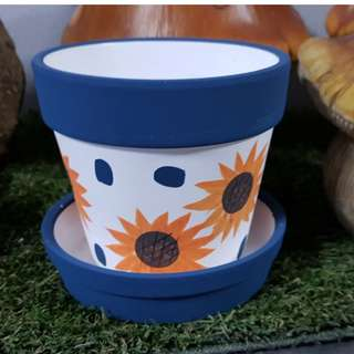 D6 Series: Blue Sunflowers!!  COME AND GET IT