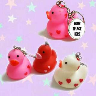 Customized rubber ducky keychains
