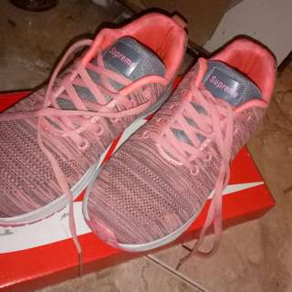 Supreme Female Running Shoes (Peach)