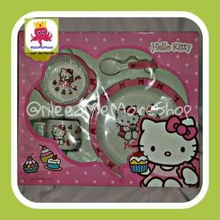 Perlengkapan Makan Bayi / Baby Feeding Set Hello Kitty