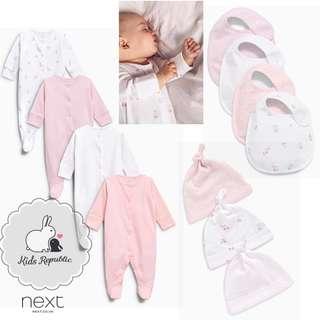 KIDS/ BABY - sleepsuit/ Bib/ Hat