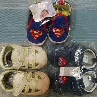 3 pairs for $10. Bundle sale. Baby shoes. Prewalker shoes. Bag 4