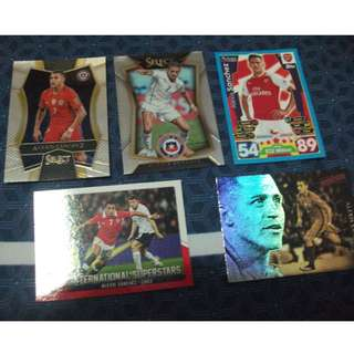 Alexis Sanchez trading cards for sale.trade (Lot of 5 cards)