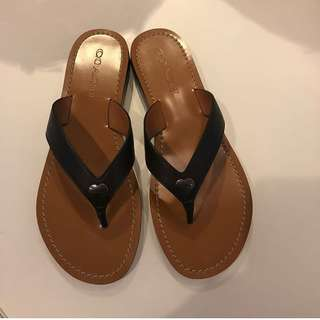 Pre-order: COACH THONF SLIPPERS