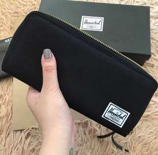 Herschel Black Avenue Long Wallet