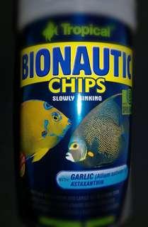 🚚 德比克 TROPICAL  免疫中大型海水魚蒜精薄餅。魚飼料的專家,大罐1000ml超划算。海水缸 ,海水魚