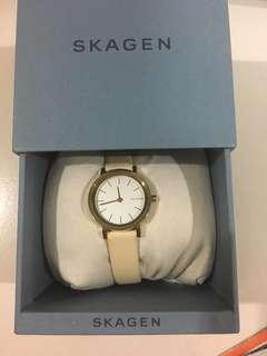 Formal slim watch