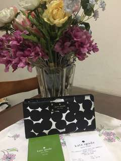 Authentic Kate Spade ♠️ STACY wallet