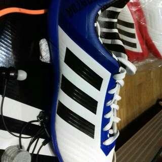 Adiddas sepatu futsal