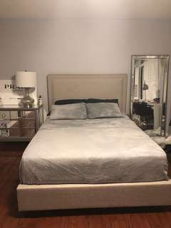 3 piece queen bed set with mirror table and floor length mirror