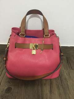 Woman kinaz handbag