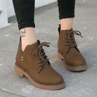Boots / size 35-39