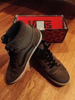 Vans Mid cut Olive Skate shoes