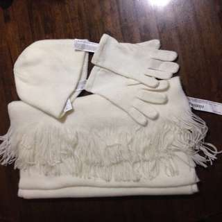 💜F21 set of scarf/beanie/gloves