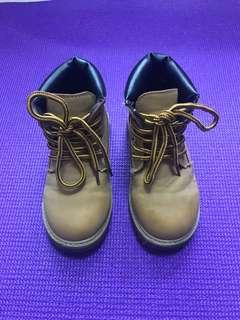 男童型格高筒鞋
