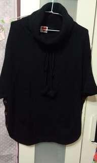 🚚 百貨專櫃Moss club黑色可愛罩衫毛衣
