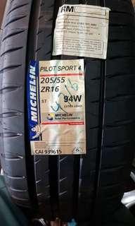 Michelin Pilot Sport 4 205/55/16