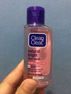 FACIAL WASH CLEAN&CLEAR natural bright