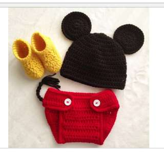 """Mickey mouse props """" crochet """""""