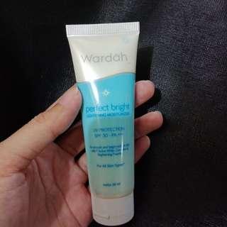 Wardah perfect bright lightening moisturiser