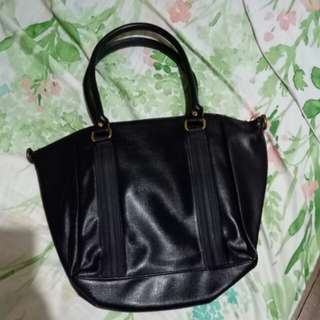 Cuzo Hand Bag