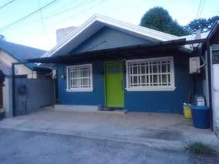 2BR House and lot in Faitview