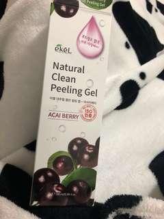 Ekel Natural Clean Peeling Gel