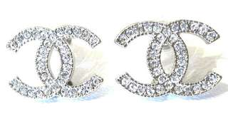 Large channel cc earring