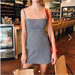 Looking For ( Gingnam Dress / Plaid Dress )
