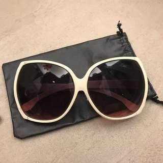 Jackie O Vintage White Frame Wide Rim Sunglasses