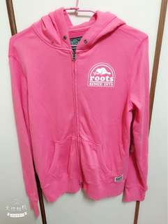 ROOT 粉色薄外套~正的非仿冒品~在百貨購買~很少穿~割愛