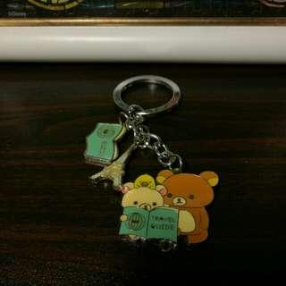 鬆弛熊鎖匙扣