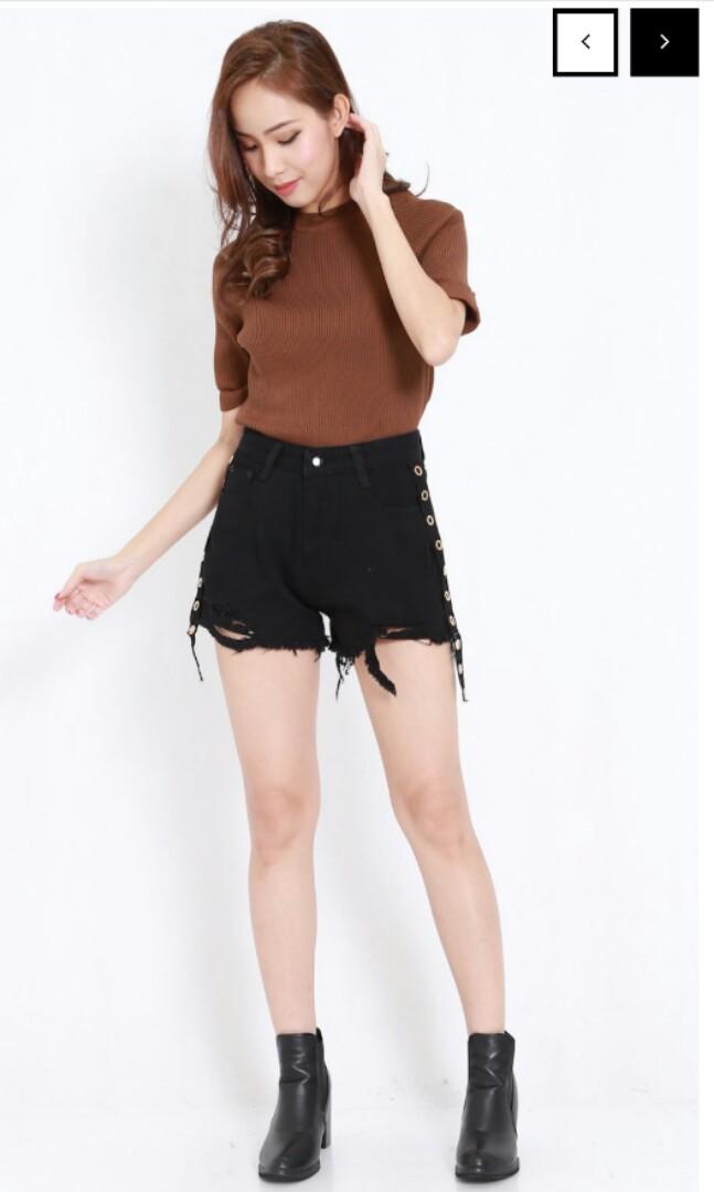 d9b41528dd pending*BNWT Carrislabelle Side Ring Denim Shorts, Women's Fashion ...