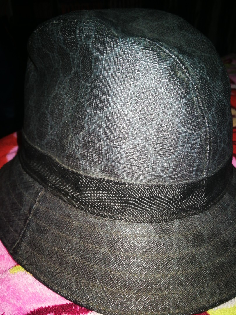 Gucci bucket hat. Full leather 500a35f8108