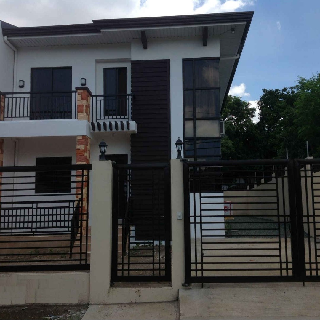 House and Lot in Greenview Executive Village, Greenland St. 150sq.m Lot Area