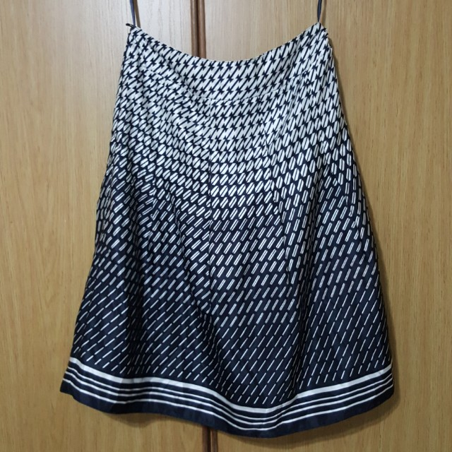 d968a273a83 Marks & spencer M&S skirt size uk10 light material. Used in mint condition  #m