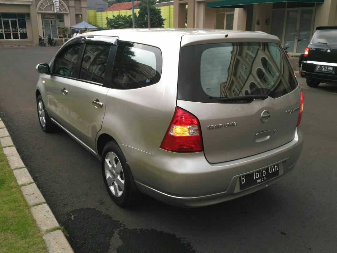 Nissan Grand Livina 1.5Xv 2009AT Top Condition Tdp mulai 10jt siap di Gas