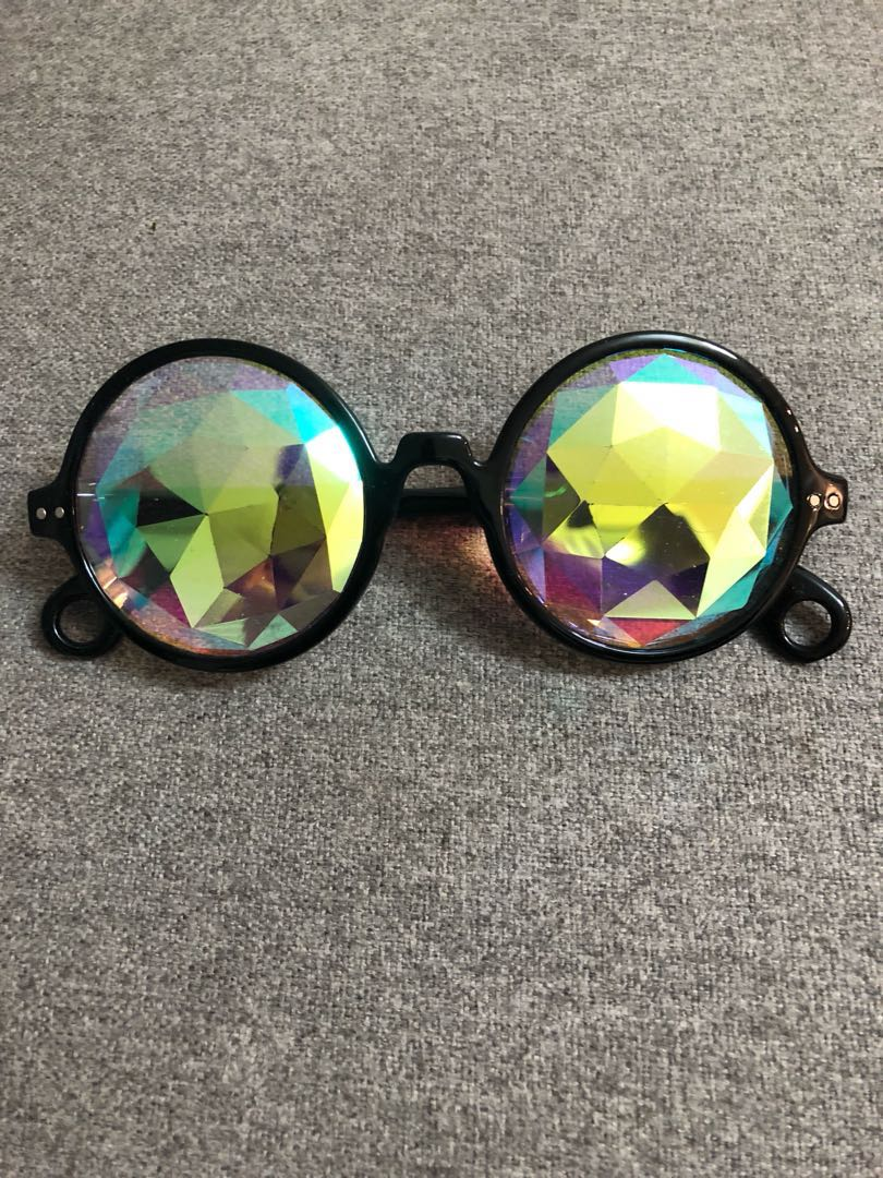 Topshop Prismatic Festival glasses!!!