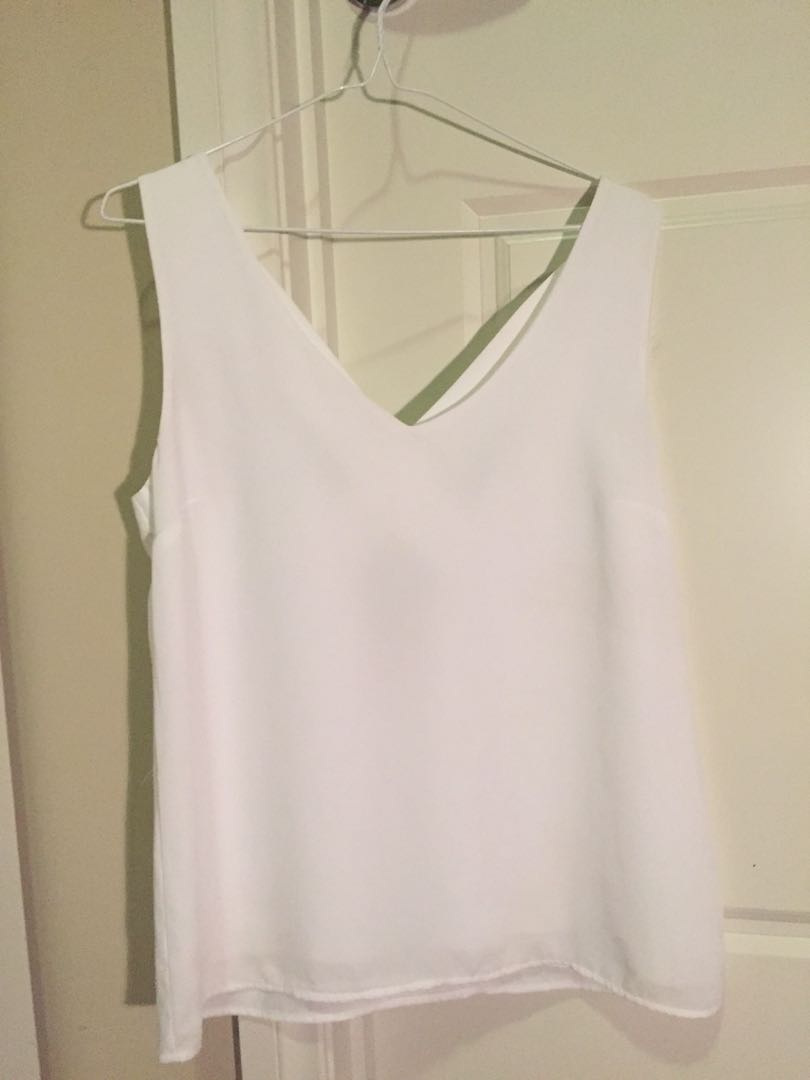 White v neck top with cross detail back
