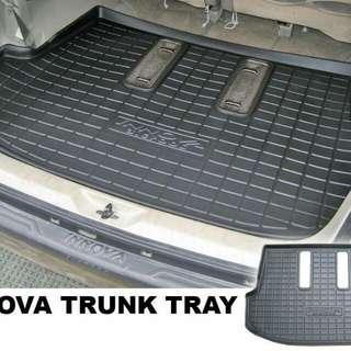 Innova trunk tray