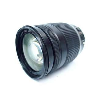 Canon 18-200mm f/3.5-5.6 IS zoom lens
