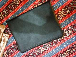 Clutch Bag Kulit Hitam 25x30 cm