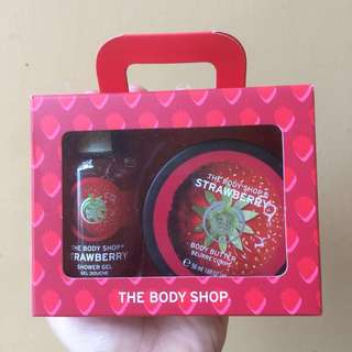 The body shop strawberry shower gel & body butter
