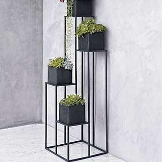 Rak besi buat pot bunga mininalis modern