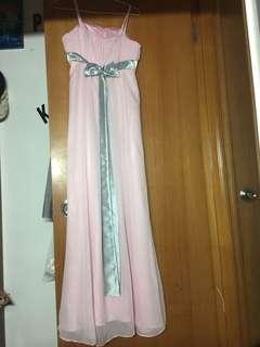 粉紅色長伴娘裙